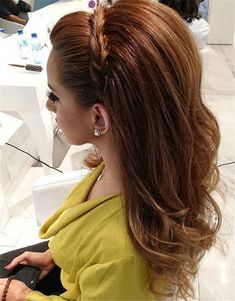 Kids Hair Styles - 18 Best Hairstyles for Women of Any Age - Peinados - Work Hairstyles, Box Braids Hairstyles, Hairstyle Ideas, Trendy Hairstyles, Wedding Hairstyles, Medium Hair Styles, Curly Hair Styles, Pinterest Hair, Long Curly Hair