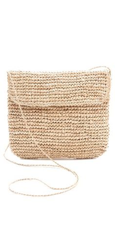 Love this cross body summer bag