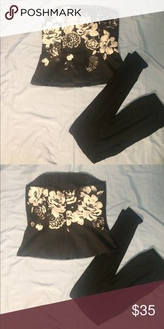 Black corset with white flowers White House black market black corset with large black flowers. Only worn a few time still in perfect condition White House Black Market Tops Blouses
