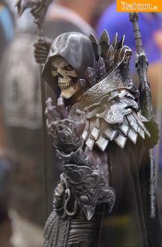 This Skeleton! WANT! #SDCC2015 #MUC #STATUE #PREMIUMfORMAT