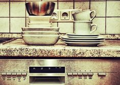 V60 Coffee, Stove, Coffee Maker, Kitchen Appliances, Tableware, Drain Pump, Coffee Maker Machine, Diy Kitchen Appliances, Coffee Percolator