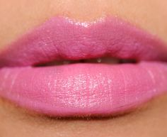 MAC Divine Choice Mineralize Rich Lipstick Review, Photos, SwatchesDivine Choice had mostly opaque color coverage, felt lightweight, and had good glide. I wouldn't say it has a lot of slip, but there's enough creaminess in the lipstick that it is easy to apply.