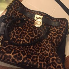 Leopard print calf hair Michael Kors Hamilton Calf hair leopard print Michael Kors Hamilton bag. 100% authentic. In good condition. Make an offer Michael Kors Bags Shoulder Bags