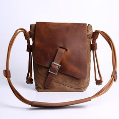 About Pink Shoulder Bags – Bags & Purses Brown Leather Crossbody Bag, Canvas Crossbody Bag, Canvas Messenger Bag, Brown Leather Purses, Leather Handbags, Leather Bags, Burberry Handbags, Pink Shoulder Bags, Canvas Shoulder Bag