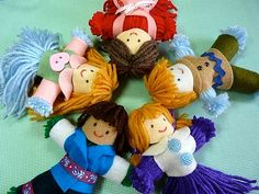 """How darling are these little dolls. Diane Gilleland, contributor to """"Craft Stylish"""" is sharing her excellent tutorial """"How to Make Yarn a… Diy Yarn Dolls, Wool Dolls, Felt Dolls, Yarn Crafts, Kids Crafts, Kids Christmas, Christmas Crafts, Christmas Houses, Operation Christmas Child Boxes"""