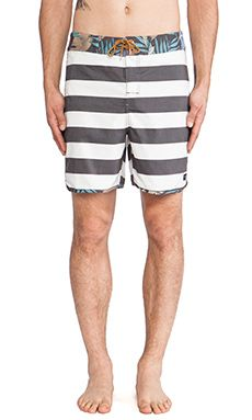 Shop for Globe Calypso Boardshort in Vintage Black at REVOLVE. Free day shipping and returns, 30 day price match guarantee. Man Swimming, Revolve Clothing, Vintage Black, Globe, Mens Fashion, Swimwear, How To Wear, T Shirt, Male Style