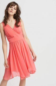 4391868f6d A(z) Ruhák nevű tábla 62 legjobb képe | Elegant dresses, Cute ...