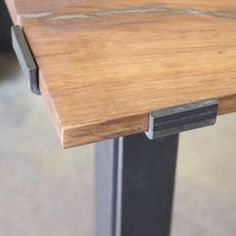 Double Gaston Table Legs