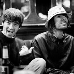 Jill Furmanovsky photograph of Noel & Liam Gallagher from Oasis in a pub near Abbey Road, London. Liam Gallagher Oasis, Noel Gallagher, List Of Rock Bands, Liam And Noel, Oasis Band, Classic Rock Bands, The Jam Band, Britpop, Band Photos