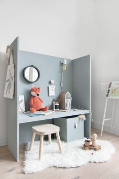 KIDS speelhoekje - Tanja van Hoogdalem Place on wheels so u can turn it round Deco Kids, Kids Bedroom Furniture, Blue Furniture, Furniture Stores, Furniture Websites, Furniture Dolly, Plywood Furniture, Cheap Furniture, Discount Furniture