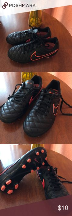 Nike Jr Tiempo Genio Leather Soccer Cleats Youth Nike Jr Tiempo Genio Leather FG Soccer Cleats Youth Boy or Girl Orange 630861 002  Like new & in great condition! Nike Shoes Sneakers