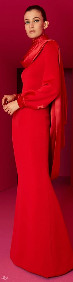 Red Fashion, Fashion 2020, Alexis Mabille, Simply Red, Power Dressing, Glamour, Couture Collection, Lady In Red, Evening Gowns