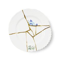 Exclusively designed by Marcantonio Raimondi Malerba for Seletti, this range of tableware takes inspiration from Kintsugi, the Japanese art of Kintsugi, Pottery Courses, Pottery Store, Traditional Japanese Art, Pottery Tools, Ceramics Projects, Burke Decor, Plate Design, Fine Linens
