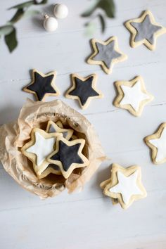 This is my last post before I head off for a festive break but I wanted to quickly share this cookie recipe with you. I've never made sugar cookies before and on a whim I …