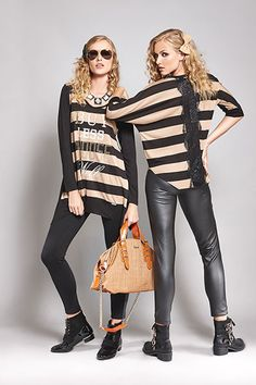 Match a pair of leather look leggings with a long stripped blouse for a really cool & casual outfit!  #casualmonday #photoshootingmodels #matisfashion #leatherlookleggings #models