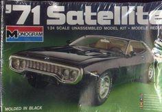 '71 PLYMOUTH SATELLITE CAR MODEL KIT #2213