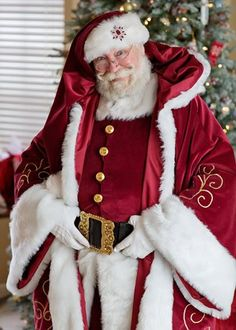 Santa True in his full Super Suit, complete with Parade coat  My first Santa Super Suit!