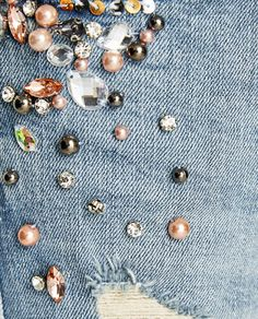 JEANS CON PEDRERÍA-Ver todo-JEANS-MUJER | ZARA España Blue Jeans, Denim Jeans, Diy Fashion, Fashion Outfits, Hawaii Outfits, Zara, Embellished Jeans, Jeans For Sale, Refashion