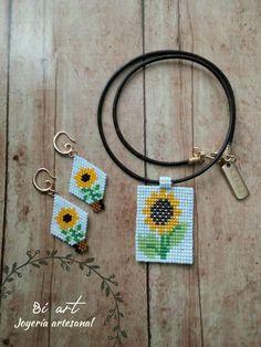 Pendant Earrings, Beaded Earrings, Beaded Jewelry, Hama Beads, Seed Beads, Beaded Headbands, Brick Stitch, Loom Beading, Flower Earrings