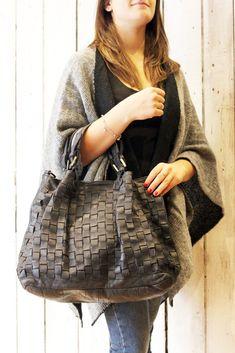 """Handmade woven leather bag """"INTRECCIATO 45"""" di LaSellerieLimited su Etsy"""