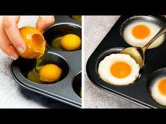 (2) 27 UNGLAUBLICHE EIER-KOCHTRICKS - YouTube Easy Egg Recipes, Crab Recipes, Spicy Recipes, Vegetarian Recipes, Bon Appetit, Egg Hacks, Incredible Eggs, Tasty, Yummy Food