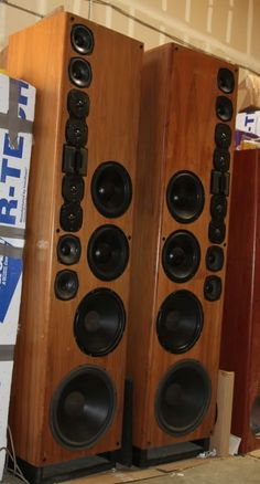 vmps speakers | Yes, VMPS Audio actually made those monsters. 84 inches tall and ...