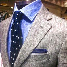 Corneliani CC Collection jacket, Corneliani shirt, Roda tie and PS… GT Sharp Dressed Man, Well Dressed Men, Style Dandy, Style Gentleman, Southern Gentleman, Suit Fashion, Mens Fashion, Fashion Menswear, Light Grey Suits