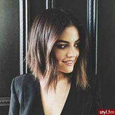 Has your hair become medium length? Then try out the long bob hairstyles. The long bob hairstyles ha Layered Bob Hairstyles, Long Bob Haircuts, Girl Haircuts, Choppy Hairstyles, Girl Hairstyles, Natural Hairstyles, Trendy Hairstyles, 2015 Hairstyles, Short Straight Hairstyles