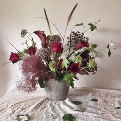 nice vancouver florist Autumnal theme #thistle #afterlight  #vancouverflorist #vancouverflorist #vancouverwedding #vancouverweddingdosanddonts