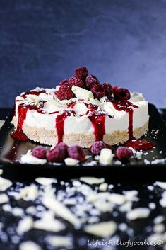 White Chocolate Cheesecake mit Himbeertopping
