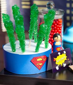 7 Superman parties we love gonna be glad I pinned this Logan loves superman!