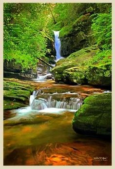 This is the Upper Headwaters Falls of theChattahoochee River in Northern GA.near Helen GA. Photo printed on Canvas with Archival Inks.Double Coated with archiva
