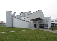 Pocket: AD Classics: Vitra Design Museum and Factory / Frank Gehry