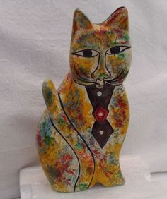 COLOURFUL STUDIO POTTERY CAT