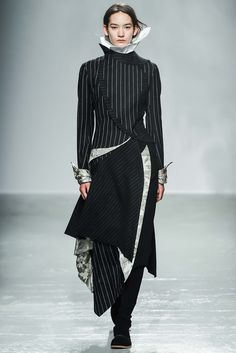 Aganovich Fall 2015 Ready-to-Wear - Collection - Gallery - Style.com
