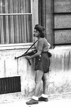 WWII --- Woman of the French Resistance (c. 1940-1944) [431x650]