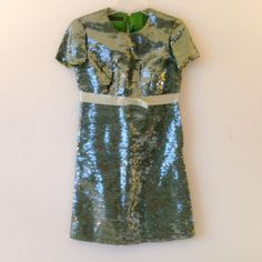 ❤ BURBERRY PRORSUM Green Sequin Dress Gorgeous Burberry Prorsum dress!  Exquisite glittering sequins.  Absolutely beautiful!  Worn only once; in excellent condition.  Size 40.  The tag at the collar was slashed for no return. Burberry Dresses
