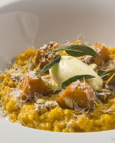 Low FODMAP Recipe and Gluten Free Recipe - Pumpkin risotto with crispy sage   http://www.ibssano.com/low_fodmap_recipe_pumpkin_risotto.html