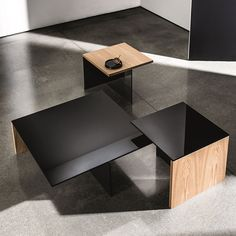 Superb 31 Best Black Glass Coffee Tables Images In 2017 Black Beutiful Home Inspiration Xortanetmahrainfo