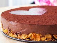 Sjokoladekake med sprø cornflakesbunn; Fri for sukker, gluten,...