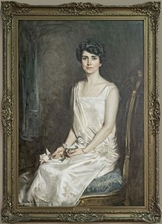 First Lady Portraits, Presidential Portraits, Us First Lady, American First Ladies, How To Be Graceful, Oil Portrait, Us History, Historian, Metropolitan Museum