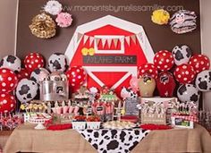 Food Table for Farm Theme Birthday Party Party Animals, Farm Animal Party, Farm Animal Birthday, Farm Birthday, First Birthday Parties, Birthday Party Decorations, First Birthdays, Petting Zoo Birthday Party, Birthday Ideas