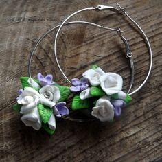 Boucles d'oreille bouquet de fleur blanche et voilette