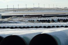 """The White House on Tuesday made it clear that President Obama would veto a bill authorizing construction of the Keystone XL oil pipeline, setting up a clash with Republicans just as they assume control of Congress. VERY OBVIOUS TO ME """"CONGRESS IS LISTENING TO THE PEOPLE! . . . OBAMA . .  . . .. . .HIS BENEFACTORS!!"""