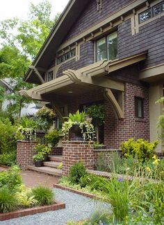 House Plans - Home Plan Details : Urban Bungalow Craftsman Exterior, Craftsman Style Homes, Craftsman Bungalows, Interior Exterior, Exterior Paint, Exterior Design, Craftsman Houses, Craftsman Kitchen, Porches