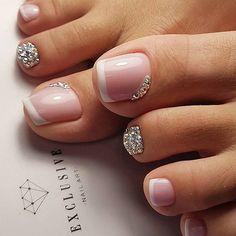 Pretty Toe Nails, Cute Toe Nails, Gorgeous Nails, Diva Nails, Glam Nails, Beauty Nails, Toe Nail Color, Toe Nail Art, Pedicure Nail Art