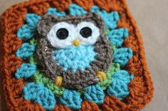 Repeat Crafter Me — Owl Granny Square Pattern. OMG! A BLANKET made out of all of these squares! Best idea ever. Somebody make it for me PLEEEEAAASSSEEE!