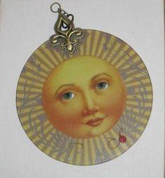 I like this sun face Moon Symbols, Good Day Sunshine, Sun Tattoos, Star Cloud, Sun Moon Stars, Sun Art, Window Hanging, Glass Wall Art, Face Art