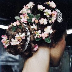floral updo hairstyle for girls