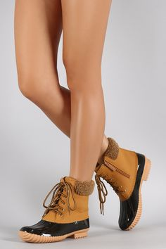 Faux Shearling Cuff Lace Up Duck Ankle Boots | UrbanOG